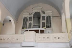 800px-Organ_kirhca